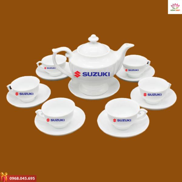 Ấm trà quà tặng in logo Suzuki