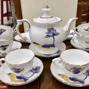 Bộ ấm trà men trắng vẽ hoa sen xanh